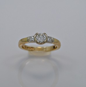 estate-diamond-gold-engagement-ring