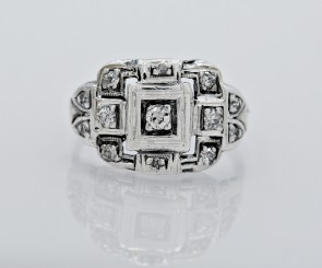 Ring-Platinum-Diamond-Art-Deco-Fashion