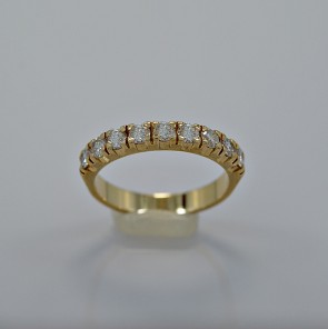 vintage-100-gold-diamond-band