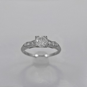 engagement-cheap-used-deco