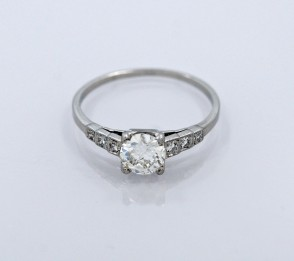 Ring-Art-Deco-Diamond-Platinum