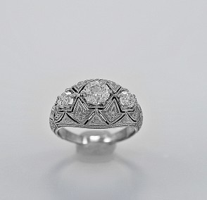 3-stone-diamond-ring