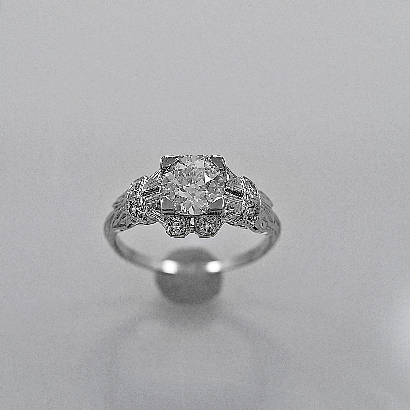 vintage-used-engagement-ring