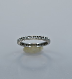 art-deco-platinum-eternity-band