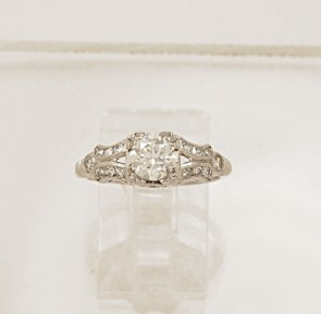 Diamond-Art-Deco-Platinum-Engagement-Ring