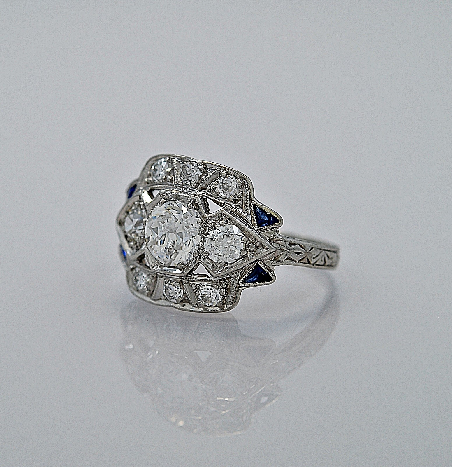 55ct-diamond-sapphire-platinum-art-deco-engagement-ring