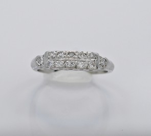 Wedding-Band-Platinum-Diamond