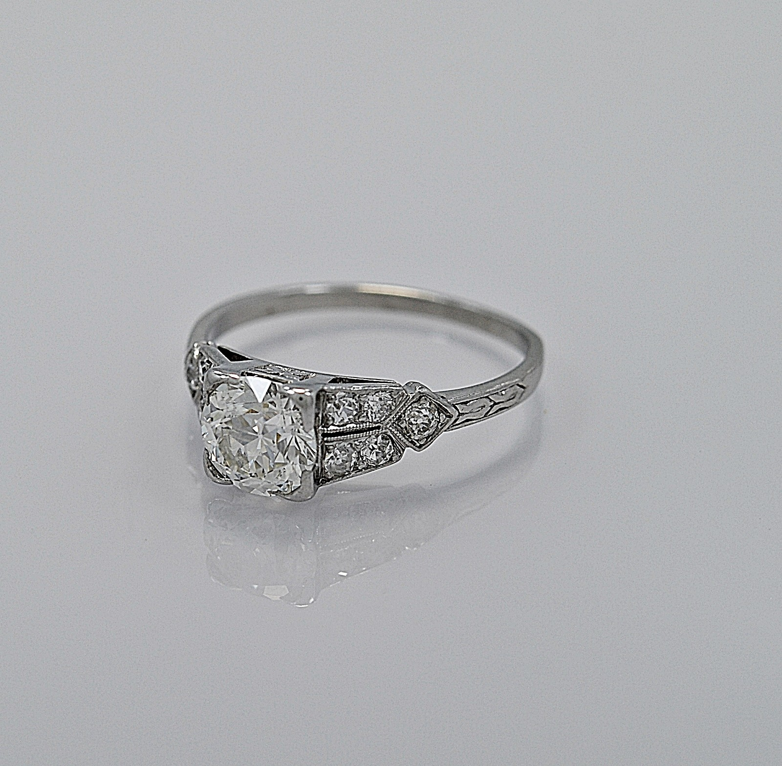 116ct-diamond-platinum-art-deco-engagement-ring