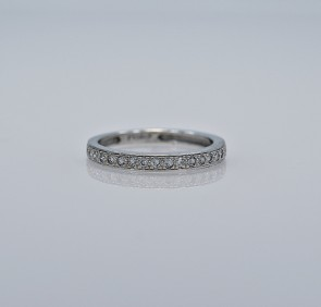 white-gold-vintage-wedding-band-mark