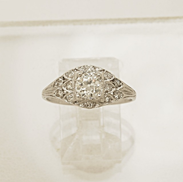 Art-Deco-Platinum-Diamond-Ring