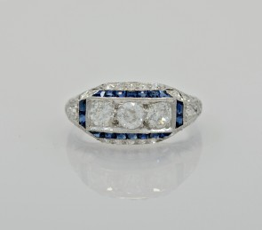 art-deco-engagement-sapphire-diamond-head