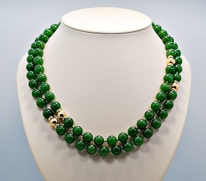 vintage-jade-gold-bead-necklace