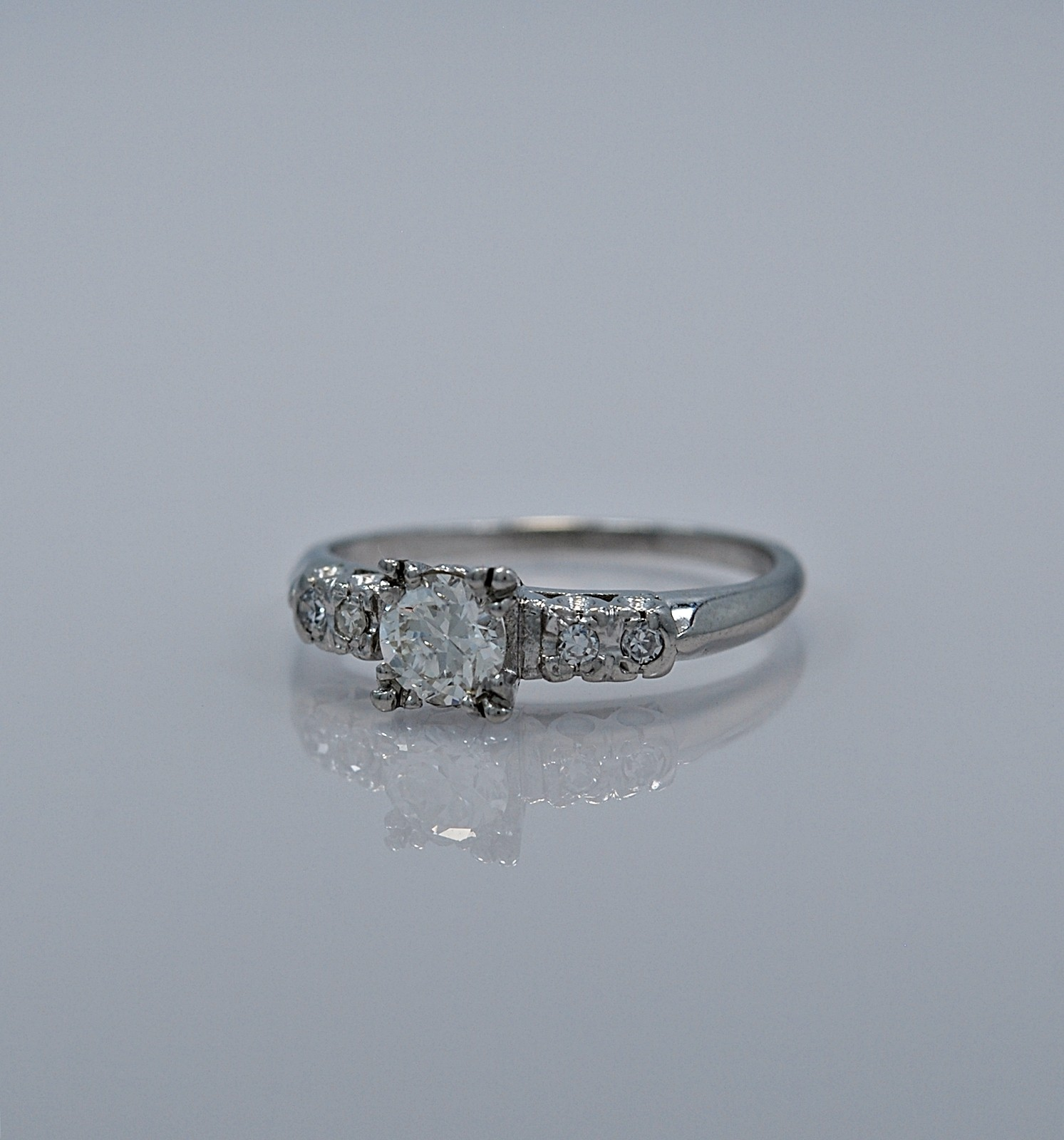 51-ct-diamond-platinum-antique-ring-head