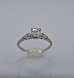 antique-platinum-diamond-art-deco-engagement-ring
