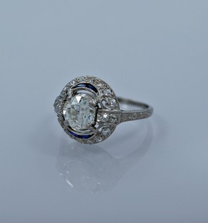 ring-sapphire-art-deco-diamond-head