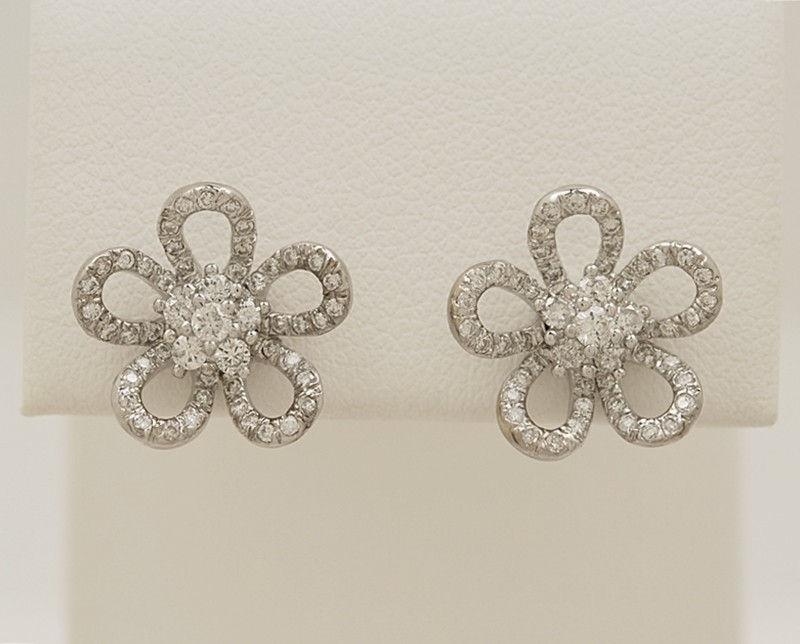 18K-White-Gold-Diamond-Earrings