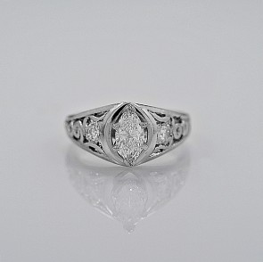 vintage-used-cheap-ring