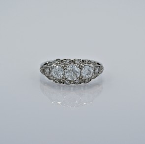 45-ct-diamond-platinum-art-deco-engagement-ring-head