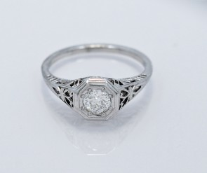 Engagement-Ring-Diamond-18k-White-Gold-Art-Deco