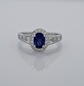 18k-white-gold-sapphire-diamond-engagement-fashion-ring