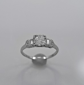 vintage-cheap-used-engagement