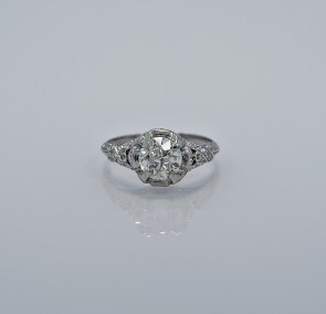 121-ct-diamond-platinum-art-deco-engagement-ring-head