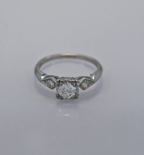 42ct-diamond-platinum-art-deco-engagement-ring