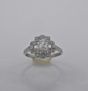 art-deco-diamond-57-platinum-engagement-ring