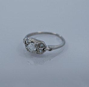 30-ct-diamond-platinum-art-deco-engagement-ring