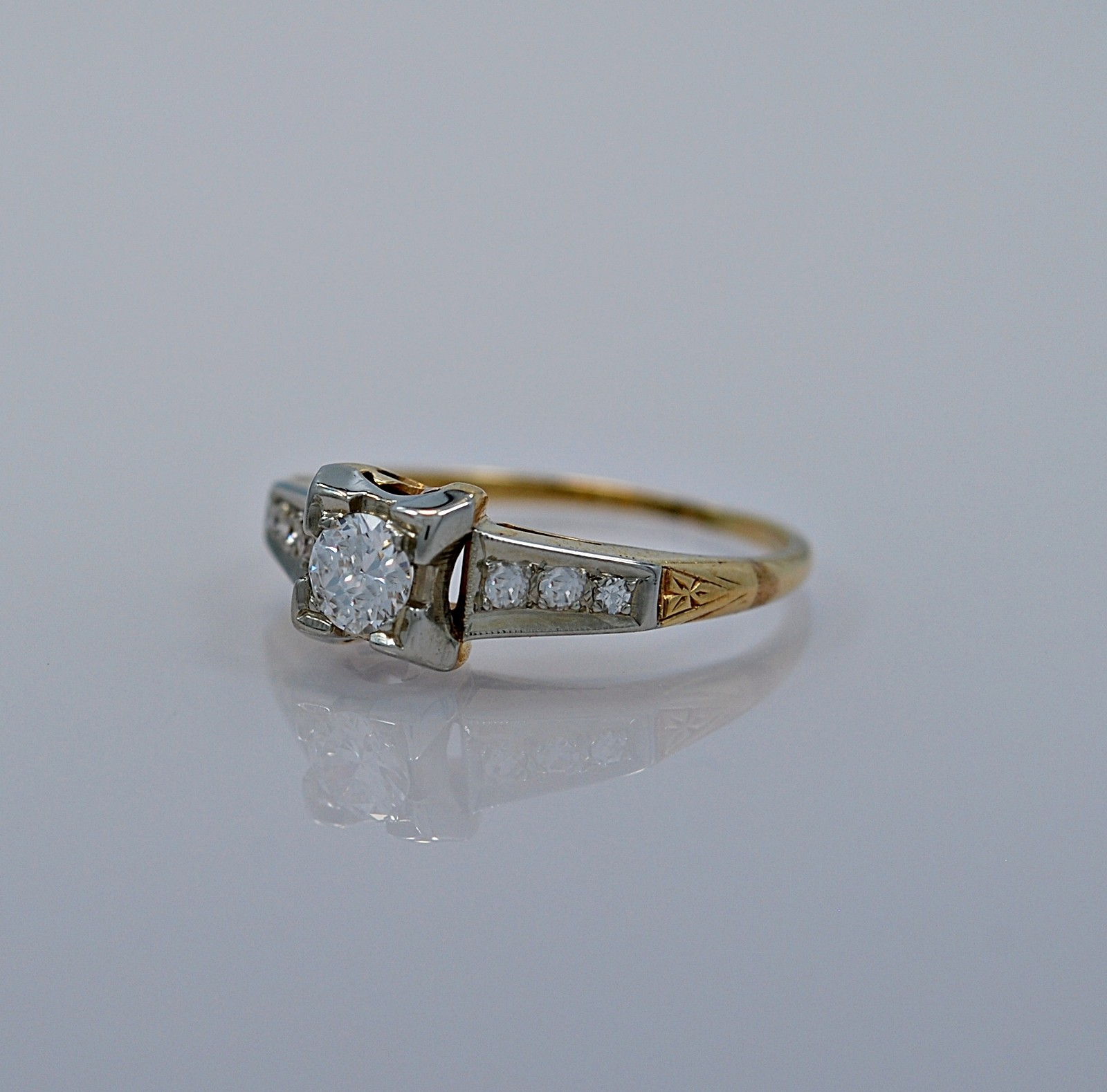 25-ct-diamond-gold-art-deco-engagement-ring