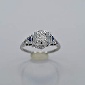 diamond-18k-white-gold-engagement-art-deco-ring-25