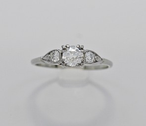 Diamond-18K-White-Gold-Ring-Art-Deco-Engagment