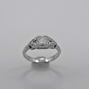 cheap-used-vintage-engagement
