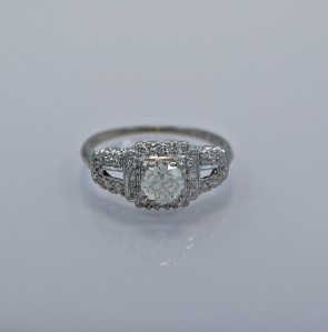 art-deco-070ct-diamond-engagement-ring
