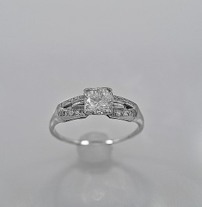 antique-ring-cheap-used