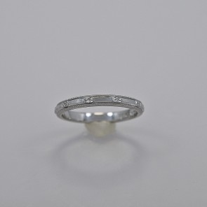 vintage-1950s-18k-white-gold-wedding-band