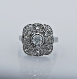 ring-platinum-diamond-engagement-fashion