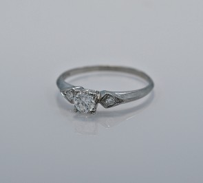 40ct-art-deco-diamond-engagement-ring-peacock-head