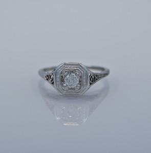 art-deco-020ct-diamond-engagement-ring