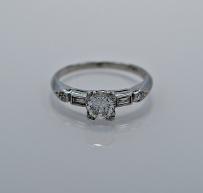 55-ct-diamond-platinum-art-deco-ring-head