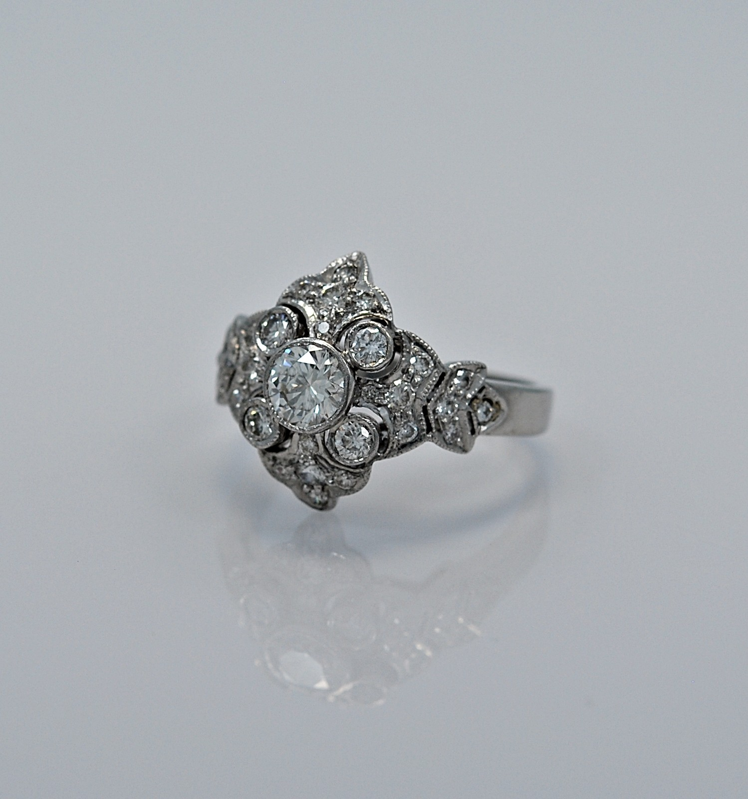 40ct-diamond-18k-white-gold-vintage-estate-engagement-fashion-ring-head
