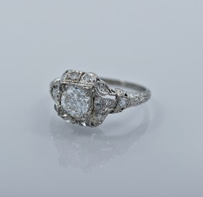 83-ct-diamond-platinum-art-deco-engagement-ring-head