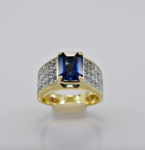estate-diamond-gold-engagement-ring-sapphire