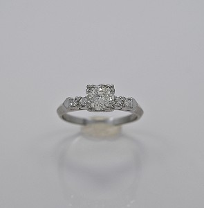 art-deco-diamond-75-platinum-engagement-ring